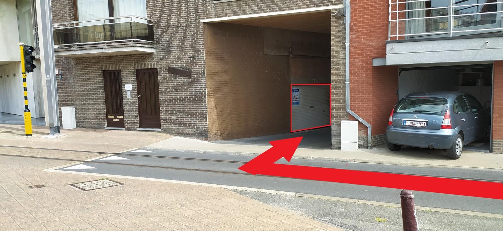 Ruime, centraal gelegen garage